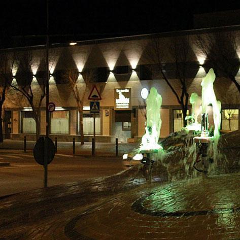 Fachada a la antigua carretera Toledo-Ciudad Real